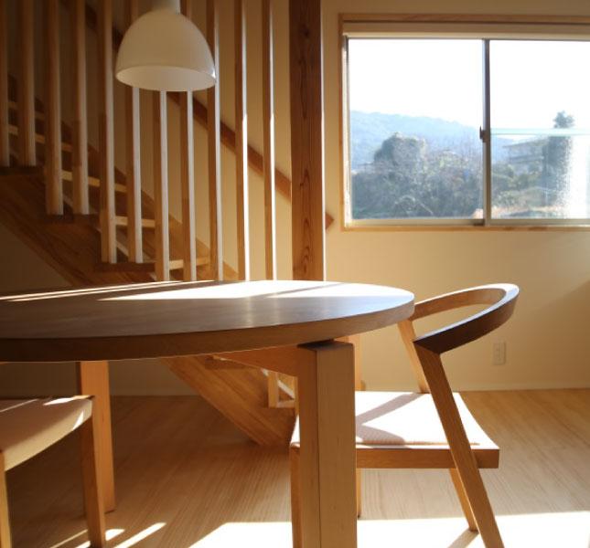 無垢材で作られた家具の写真